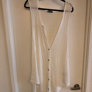 High/Low Hooded Sleeveless White Shirt